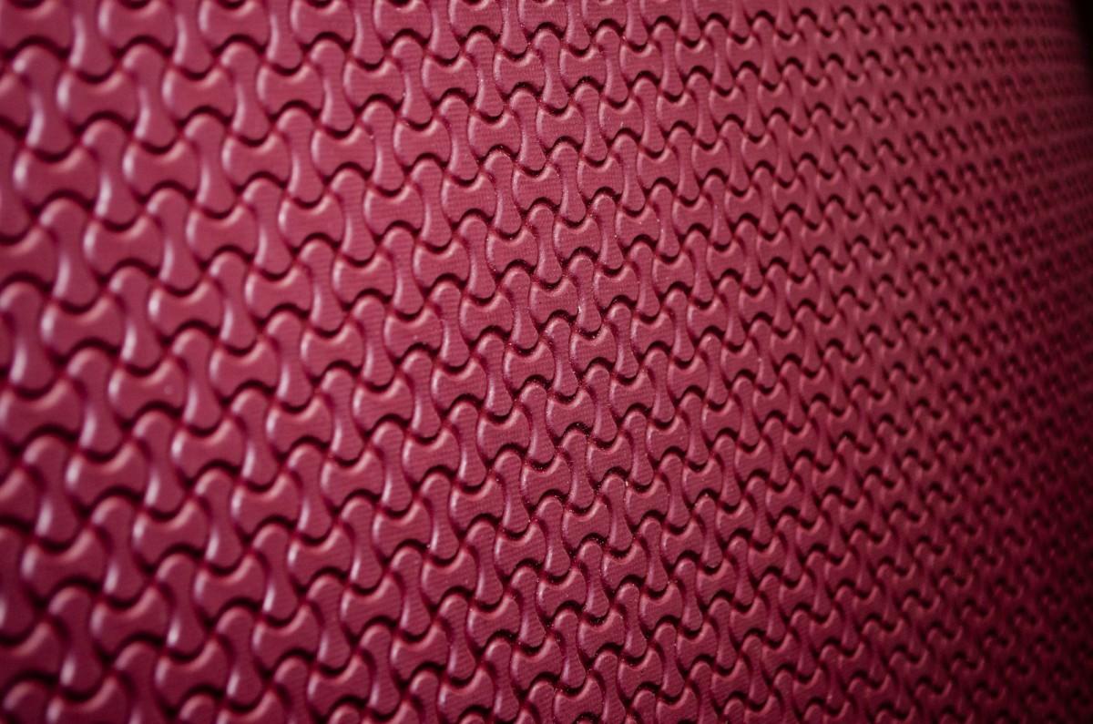 Стерогум цветной 5.0 mm- в ассортименте дм.кв БОРДО